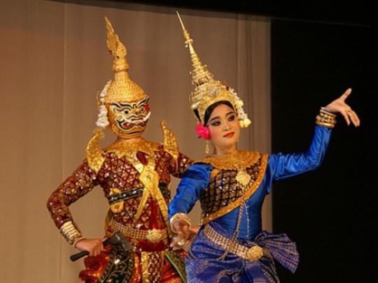 Moni Mekhala Dance